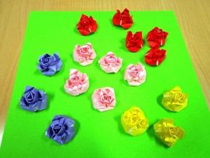 16分の1の折り紙の薔薇